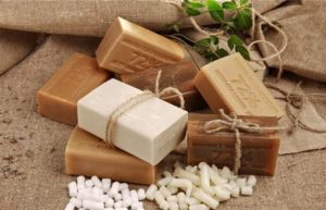 Как применяется хозяйственное мыло от папиллом